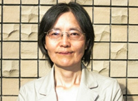 村千鶴子さん